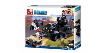 Sluban karo policija